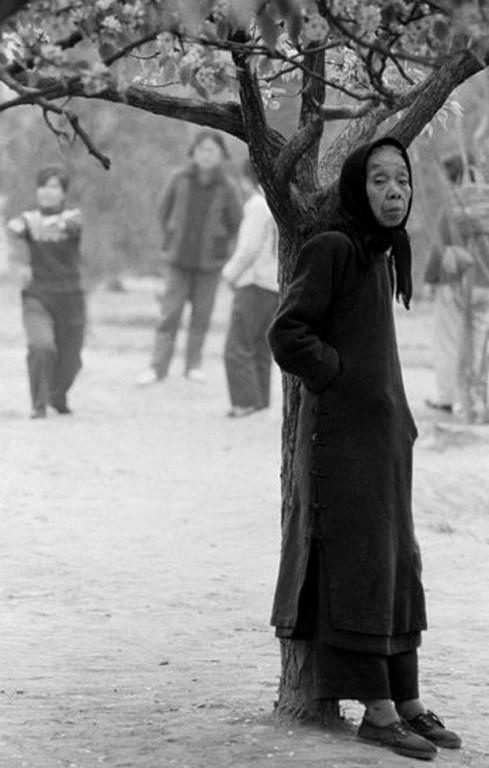 7627_goksin_sipahioglu_pekin_femme_1965 (Copier)