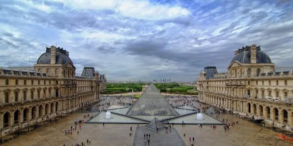 musée du louvre paris (Copier).jpg