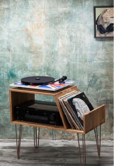Vinyl Record Player Stand by Lumi Wood