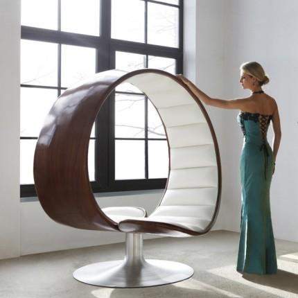 hug chair (Copier).jpg